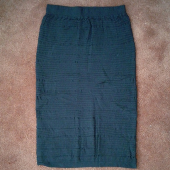 Papaya Dresses & Skirts - New in bag  black Pencil spandex skirt